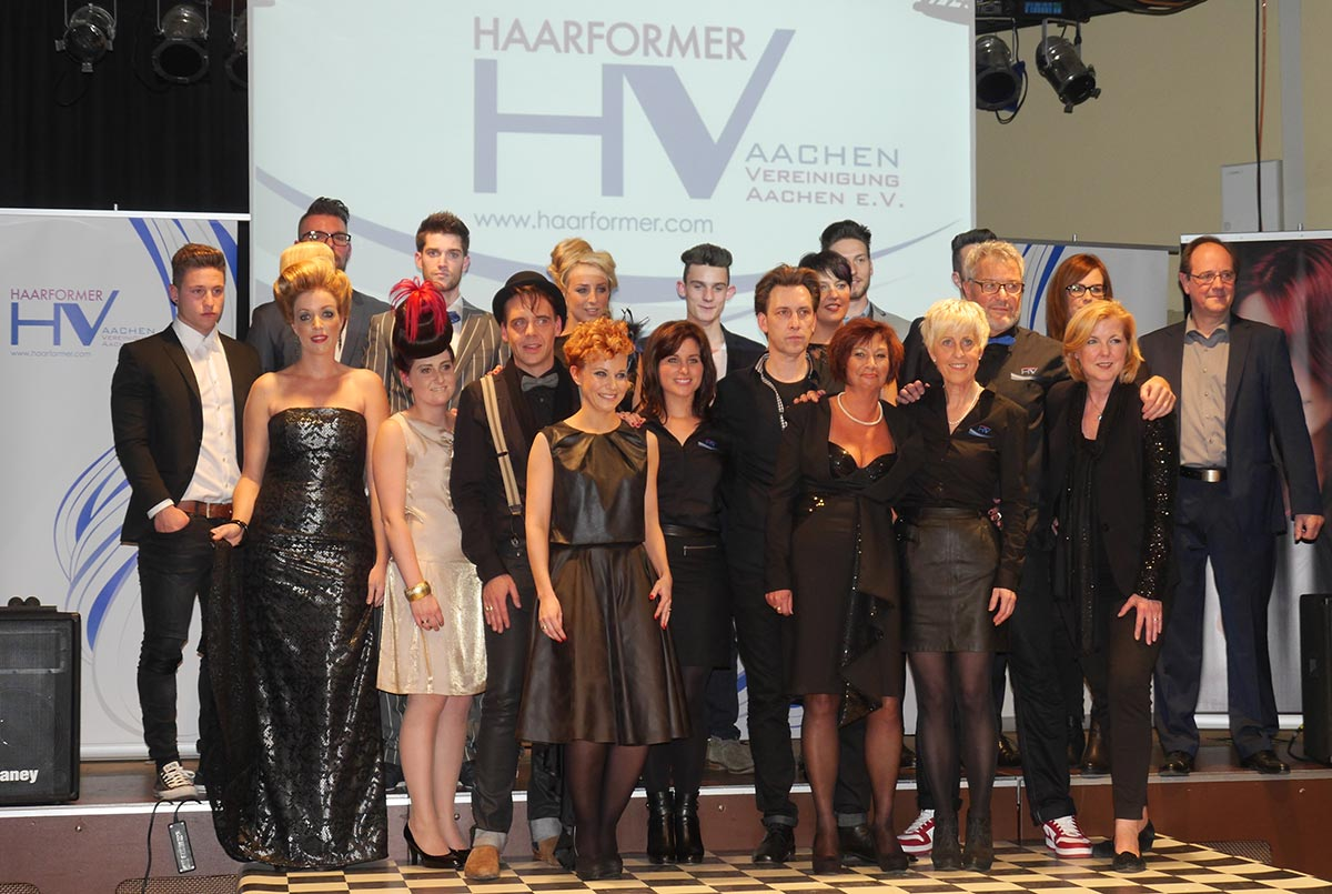 Showdinner der Haarformer